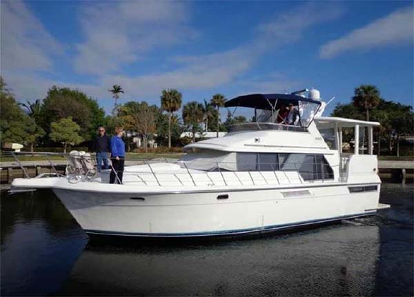 Carver 44 Motor Yacht for Sale