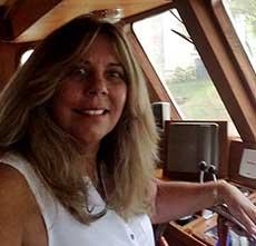 Yacht Broker Shirley Trabazo