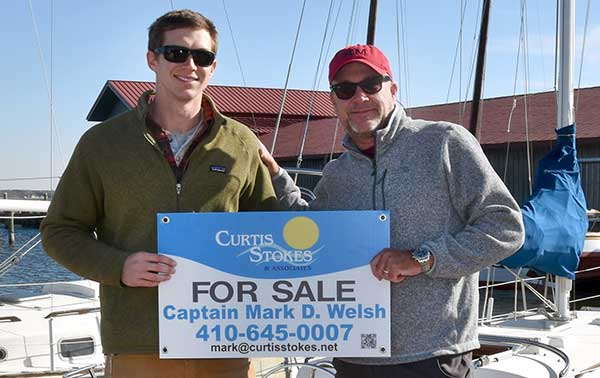 CSA broker Mark Welsh and CBMM Charity Boat Donation Director Taylor Williams